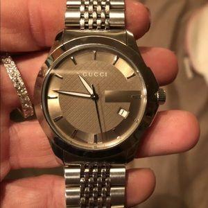 Gucci G timeless watch  ⌚️